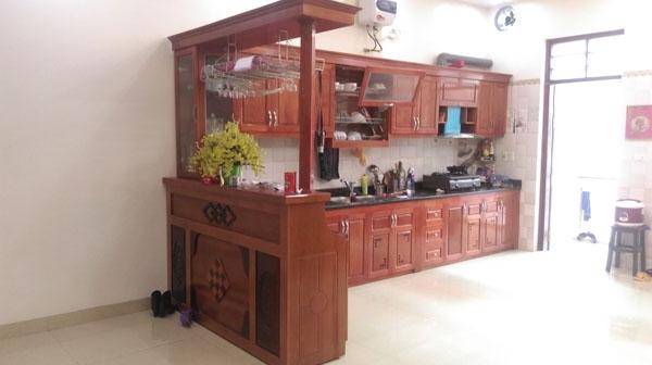 Thi công tủ bếp gỗ xoàn đào nhà cô Thanh - Việt Trì