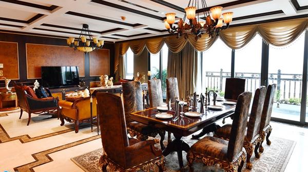 Bên trong biệt thự trên cao dát vàng giá 3 triệu USD tại Hà Nội