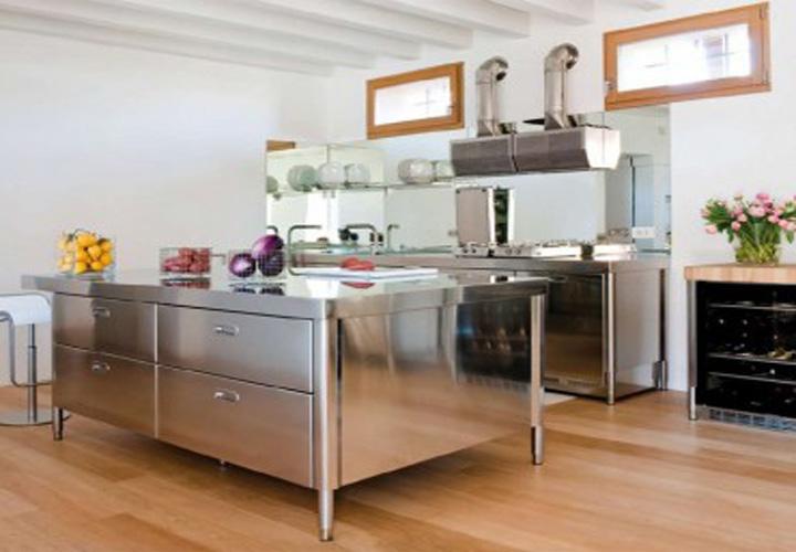 Tủ bếp INOX IN18